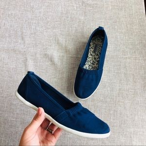 Basic Editions Blue Shoes